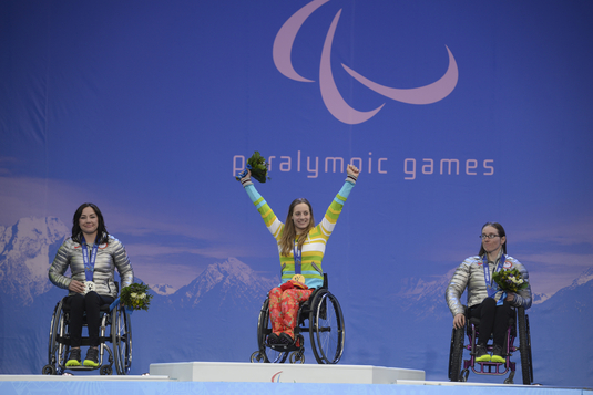 She lost no time in realizing her dream, taking a gold medal in her very first event, the downhill race. (Source: Allianz)