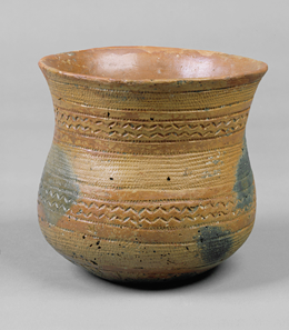 Late Neolithic bell beaker with stamped decoration (2000 – 1800 BCE) from Laa on the River Thaya in Lower Austria (Inv. 36642. Museum of Natural History Vienna) Source: akg-images / Erich Lessing